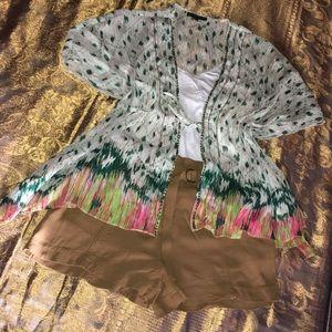 🌸RAMPAGE Kimono Top Size Small/Cream & Green